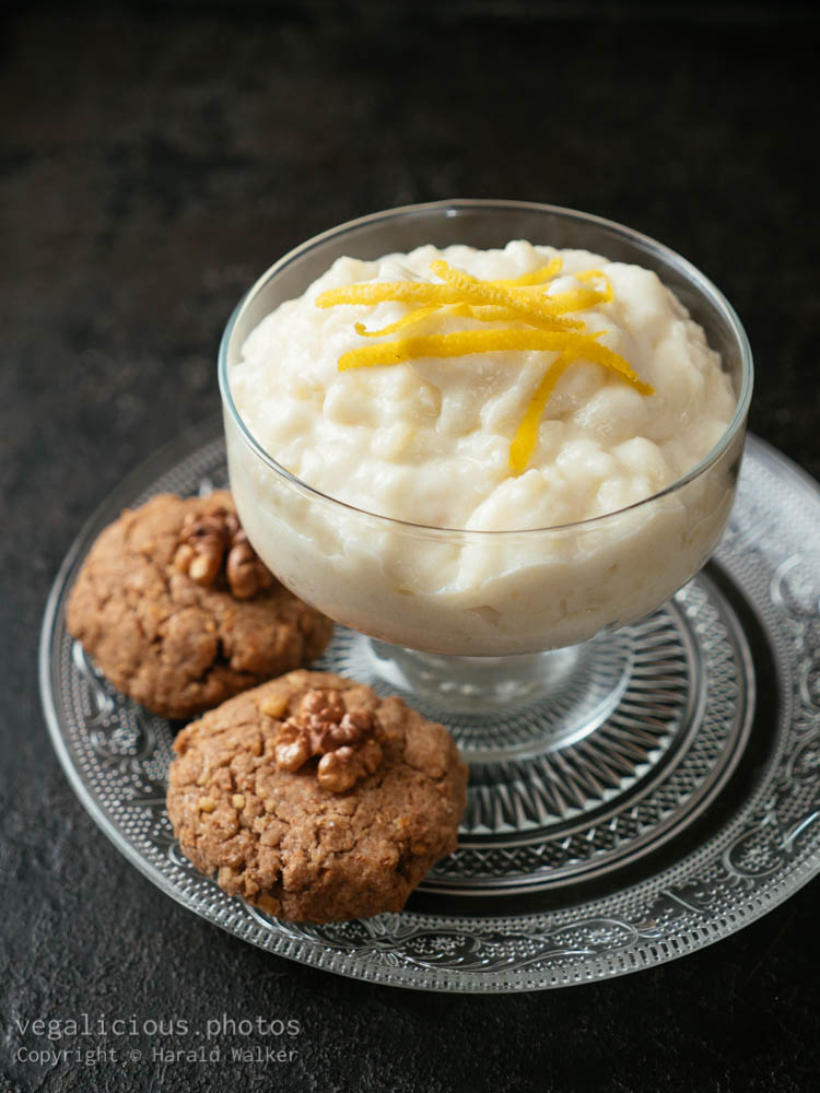 Stock photo of Vegan Apple Snow with Walnut Cookies