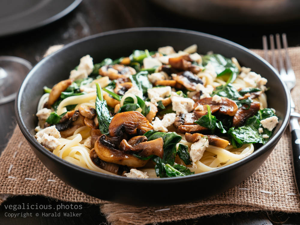 Stock photo of Spinach Mushroom Linguine